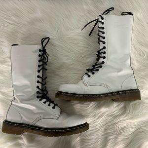 Doc Martens The Original 1914 Smooth White Boots